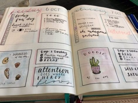 Ik word blij van tekenen en schrijven in mijn bullet journal.